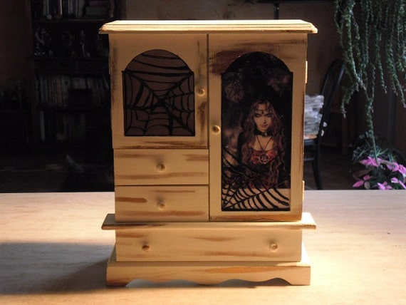 "Jewelry box ""Witch and cobwebs"""