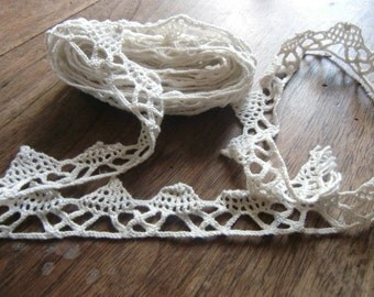 Vintage french cotton lace trim in white 1930