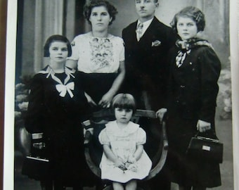 Photo of a French family in 1938