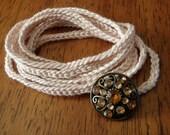 Crochet Wrap Bracelet (cream)