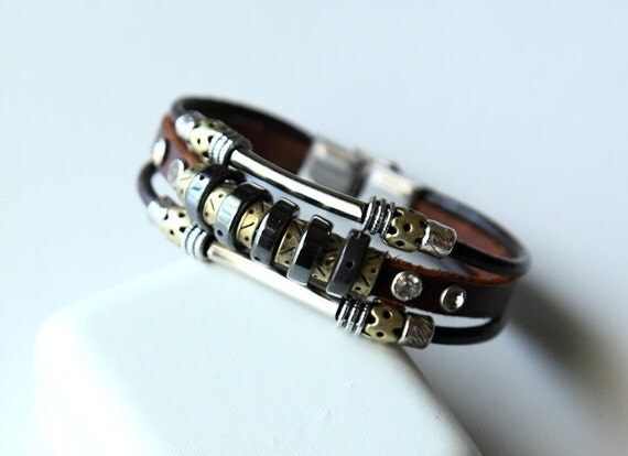 Hand-woven fashion brown genuine leather bracelet with multiple beads BY9