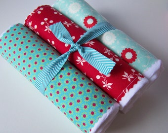 Flour Sack Towels- Merry Trio of Red and Aqua, Housewares, Mothers Day, Spring Cleaning