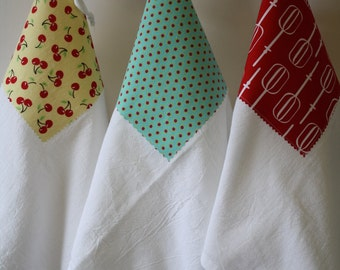 Flour Sack Towels- Merry Trio of Retro Inspired, Housewares, Mothers Day, Spring Cleaning
