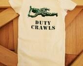 DUTY CRAWLS (Shortsleeve bodysuit)