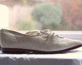 White Nike leather flat size 8 1/2