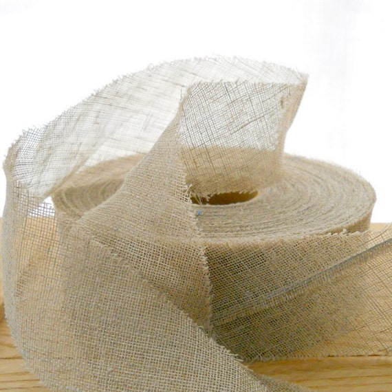 Roll of natural linen bias-cut strips 1 5/8 in./40 mm wide
