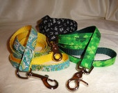 4, 5, or 6 foot custom handle leash.  YOU pick fabric and nylon color