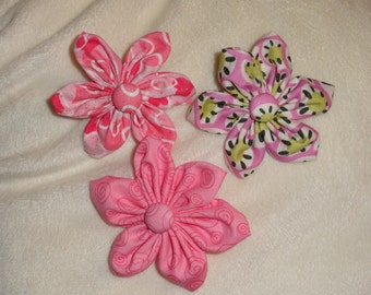 custom flower to add to your pet collar. You pick your fabric