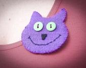 Handmade smiling cat felt brooch, Pin in purple and green happy kitten, Cute cat badge