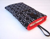 Iphone Sleeve, IPhone 5 cover, iPod case, Iphone 4 pouch in black and white modern fabric