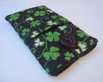Iphone sleeve, iPhone 4,5 or 6 plus iPhone pouch, Samsung Galaxy s5 case, ipod cover in black and green clover fabric