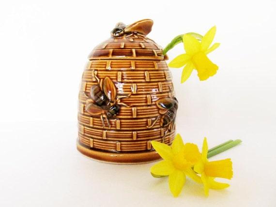 Bee hive honey pot 70s bumble bee honey container yellow brown ceramic spring honey bee rustic kitchen honey or sugar bowl honey jar
