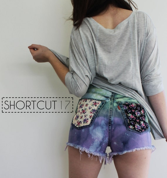 Vintage LEVI'S Green Purple Ombre High Waist Distressed Cut Off Shorts with Floral Pockets XS