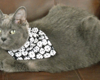 Pet Bandana Dice Black and White Size Small
