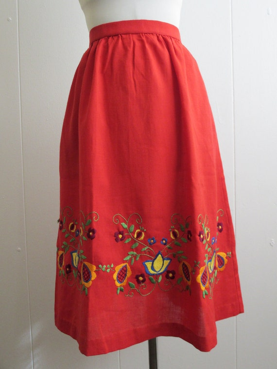 Vintage Embroidered Skirt from Mexico