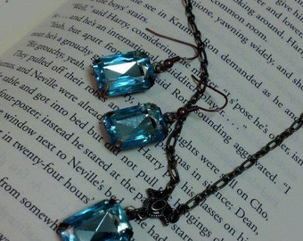 Light Blue Necklace and Earring Set