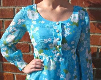 Vintage 60s 70s - Retro Floral Maxi Dress -  Blue / Green / White - Womens XS