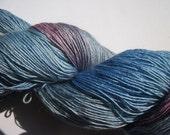 Lacegarn Seide / Merino handgefärbt blue dusty pink grey