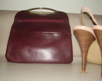 VINTAGE 1980's FLAP OVER Burgandy Vintage Hand Bag