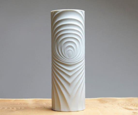 White Mid Century Op Art vase by Scherzer