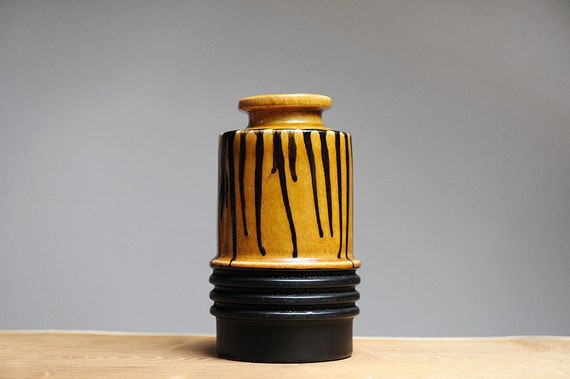 Mid century vase by VEB Haldensleben (East Germany)