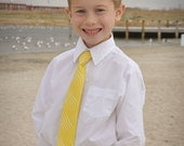 Neck tie in yellow for little boys