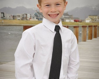 Neck tie in Black and White for Little boys