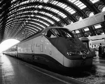 Infrared Photography, Train, Italy, Eurpoe, Train Station