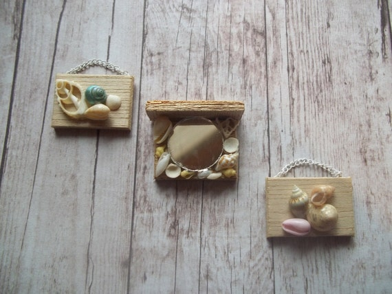 Seashell Artwork & Shelf Set 1/12 Scale