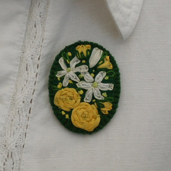 Embroidered Brooch - Yellow Roses and White Clematis on Felt