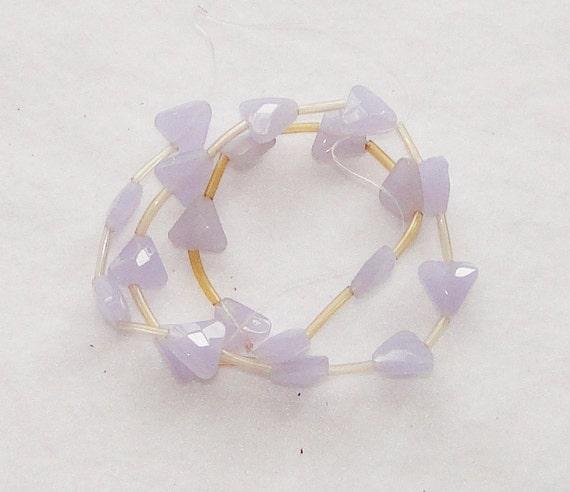 1 strand Lilac Purple Triangle Beads, 10mm