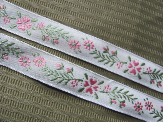 Embroidered Woven Floral Trim Edge  - .75 Inch Wide - 2 Yards - Original Vintage 1970s