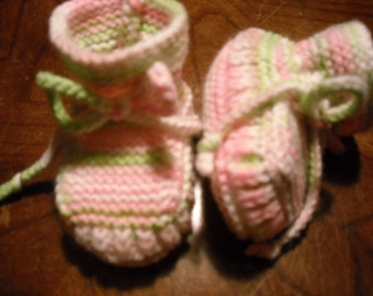 Hand Knit - Stay-on Pink, Green, and White Variegated Baby Booties - Size 0 to 3 Month