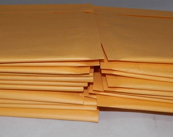 50 6 x 9  Kraft Bubble Mailer Self Seal Envelopes- size 00 (6 x 9.5 usable space) Yellow Poly bubble shipping mailers, Protective mailers