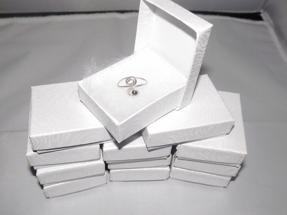 "100 White Swirl Jewelry Presentation Jewelry Boxes 2 1/8"" x 1 5/8"" Cotton Filled gift boxes"