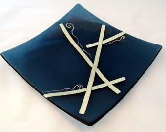 """Saphire Ribbons 12"""" Fused Glass Large Serving Plate 1000"""
