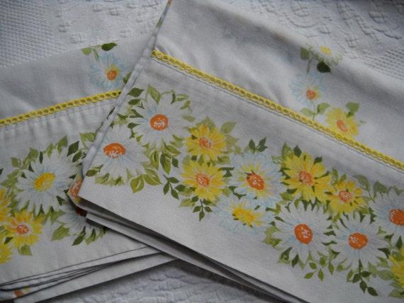 Vintage Daisy Pillowcases
