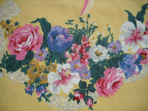 Vintage Cafe Curtain with Beautiful Floral Border
