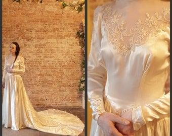 1930's Gorgeous Vintage Satin Wedding Dress