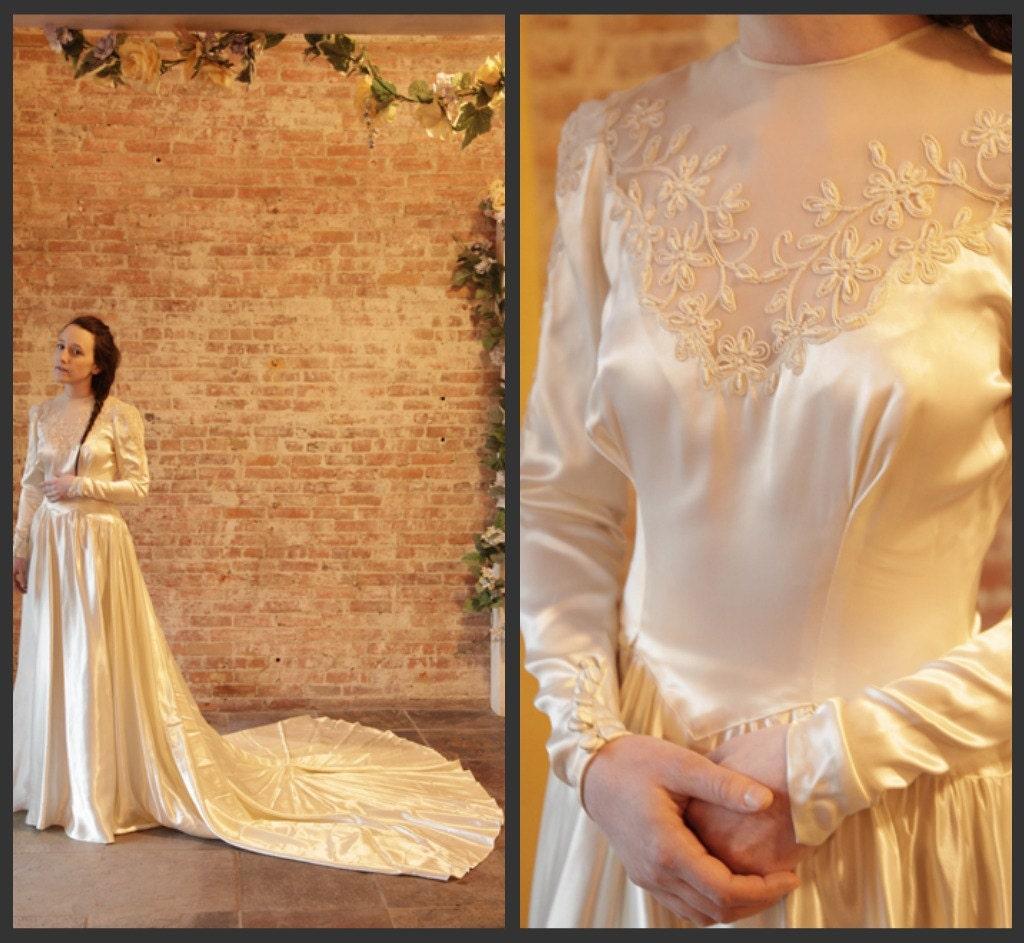 30s Vintage Satin Wedding Dress Wedding Gown Long Train