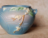 ROSEVILLE 1940s Snowberry Blue Rose Bowl