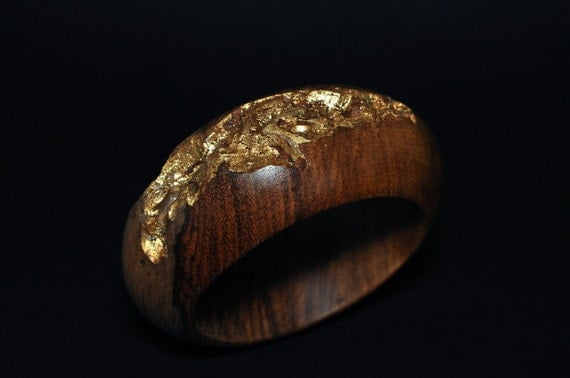 Indian Rosewood with Gold Leaf Inlay