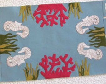 PATTERN - By the Sea - Wool AppliqueTable Runner