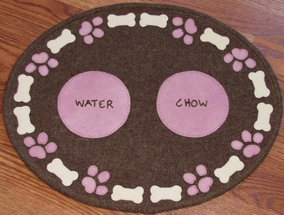 20% OFF PATTERN - Lily's Pad - Dog Feeding Mat In Wool Applique