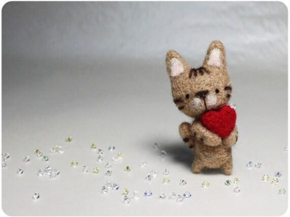 Kat Cat - needle felted wool brooch, crystal bead