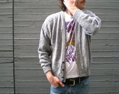 vintage 80s slouchy cardigan sweater in grey with geometric pattern. size medium / large.