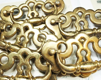 5 Antique Drawer Pulls Keyhole Brass Hardware  - Steampunk Vintage Altered Art