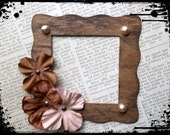Elegant Brown Frame Embellishment