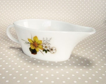 Retro Vintage JAJ Pyrex Autumn Gold Design Floral 60s/70s Gravy Boat Made In England