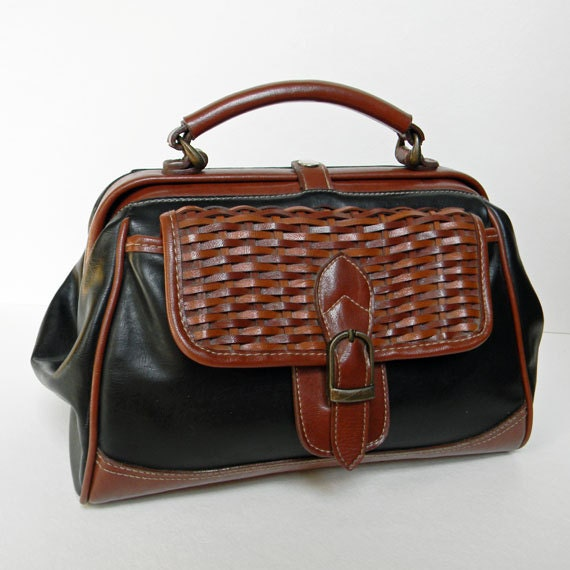 Gorgeous Vintage Brown and Black Woven Expandable Leather Hand Cosmetic Bag Purse Doctor's Bag